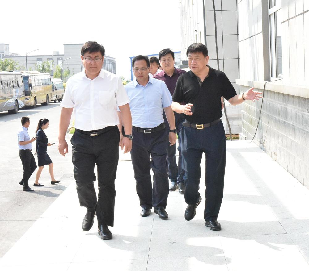 东宁市招商调研组走进东北三省最大中药饮片制造企业——吉林英亚app集团